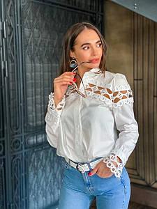 Красивая женская белая рубашка с кружевом 42-44 р