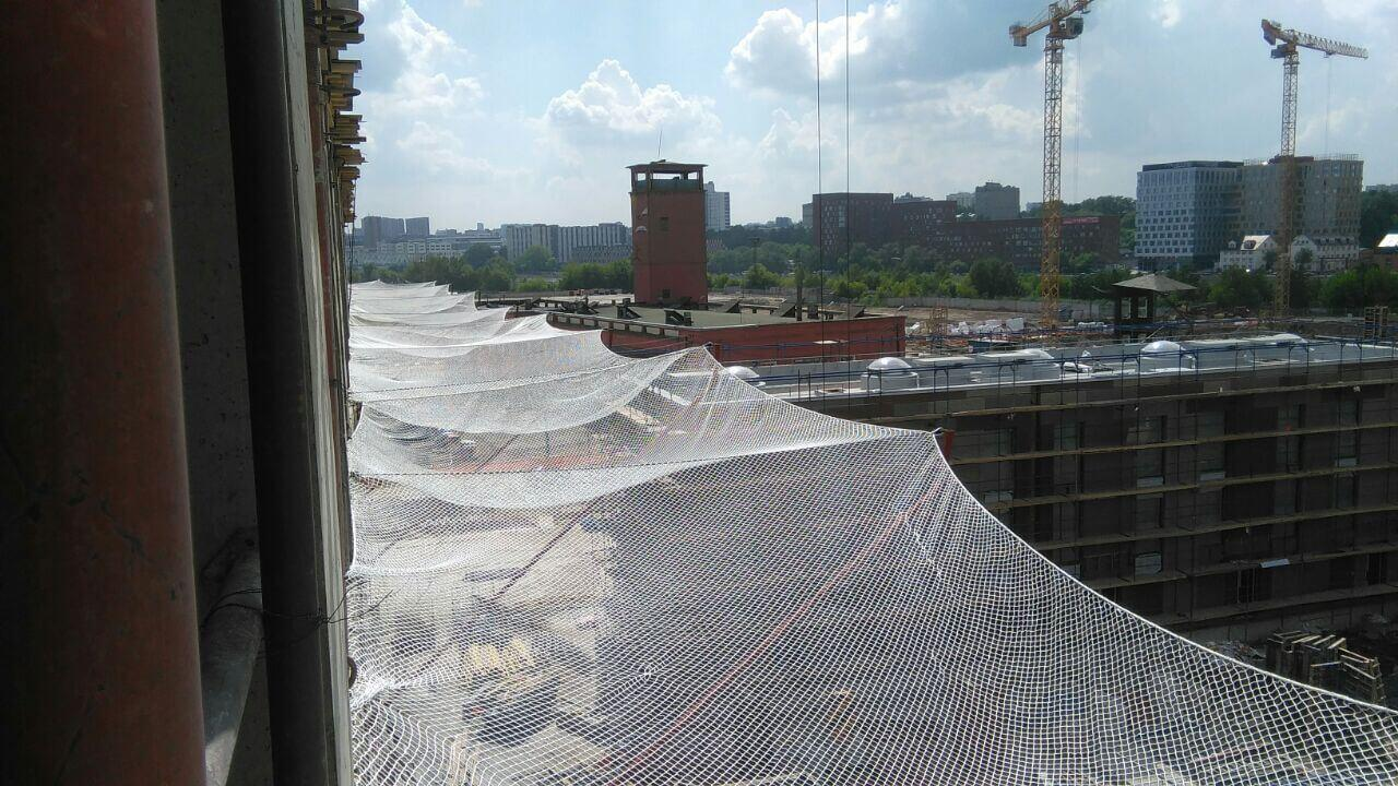 Ссетка защитно-улавливающая безузловая (нить ПА  (капрон) 220 tex,D 3,4 мм.,154 кгс), размер менее 15м2