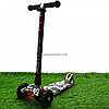 Самокат трехколесный MAXI Best Scooter пластмассовый, 4 колеса PU, СВЕТ d=12см (779-1320)