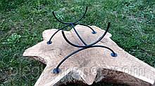 Кованая подставка для дубовой бочки