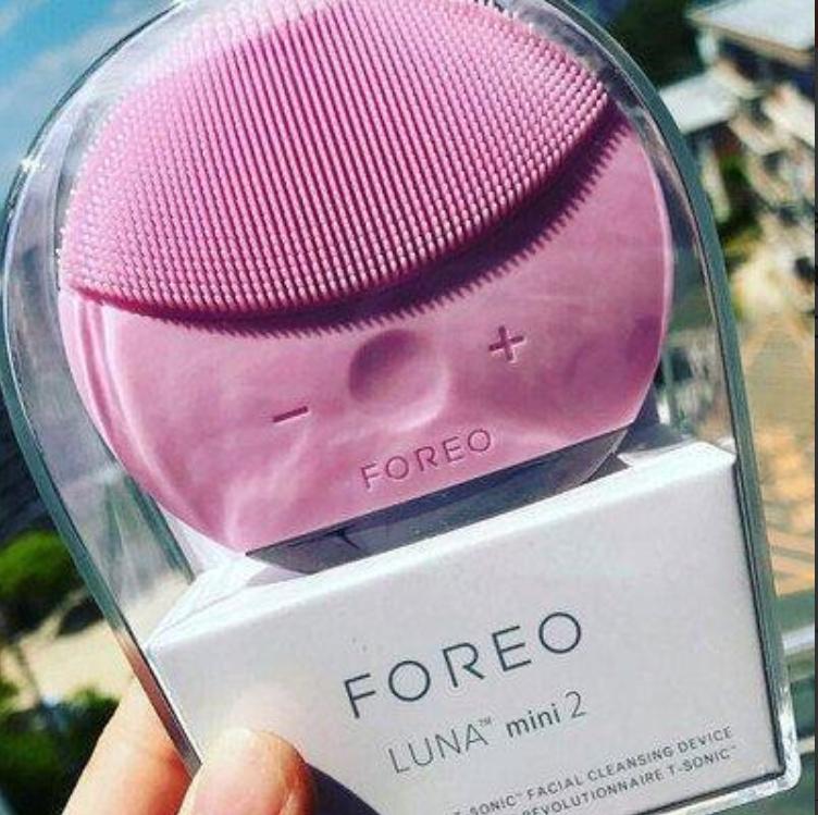 Массажер для лица, силиконовая щетка для чистки лица Foreo Luna