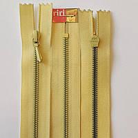 Молния крашенный металл неразъемная 3 RIRI, 22, 25, 30, 35, 40, разные цвета, пудровый 220, Желтый