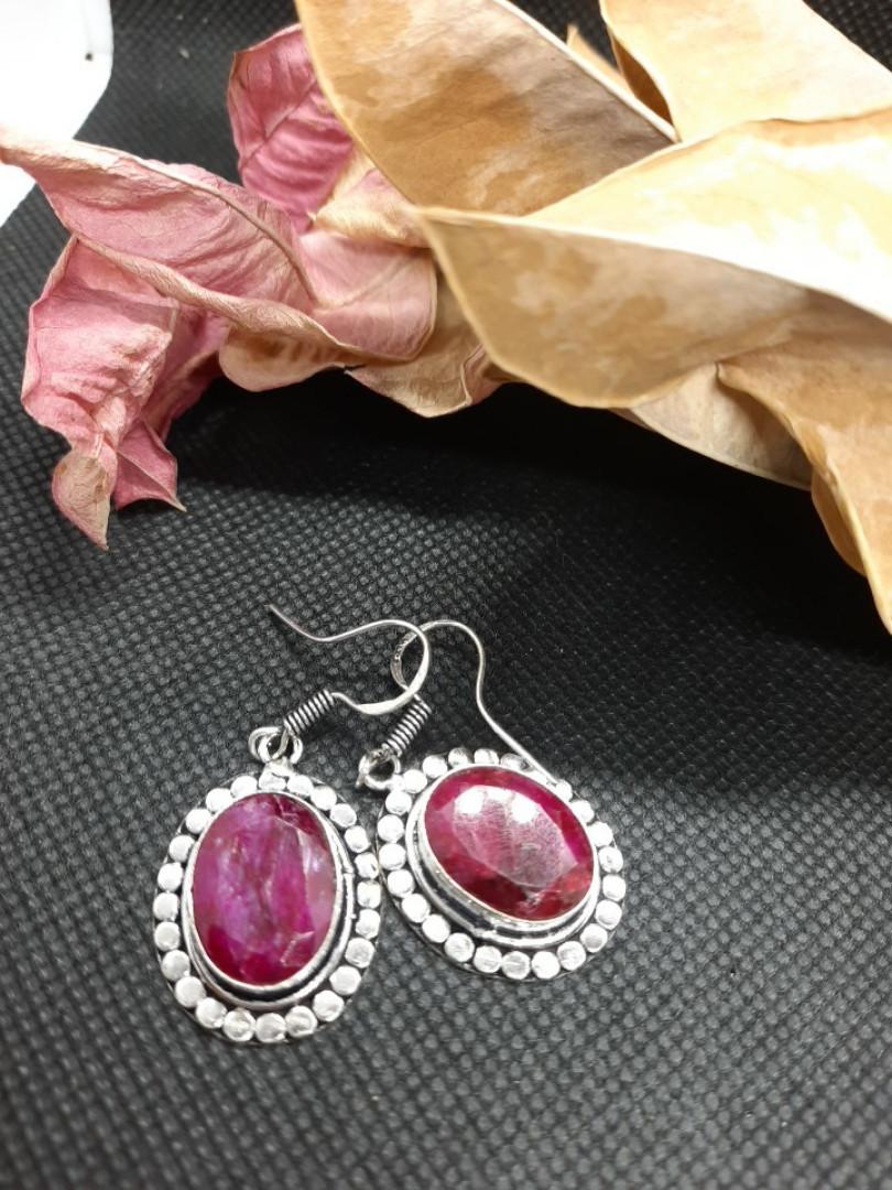 Рубин серьги с натуральным камнем рубин. Серьги с рубином в серебре Индия!