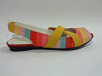 Женские удобные стильные модные яркие сандалии на низком ходу 37 Romax