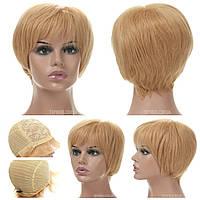 Парик из натуральных волос Silvia HH светло-русого цвета с пшеничным оттенком