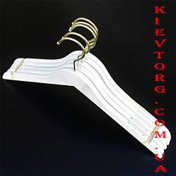 Плечики вешалки тремпеля деревянные белые Лофт для женской одежды с прорезиненным плечом, 38 см