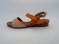 Кожаные женские стильные сандалии на низком ходу 36 Vikttorio
