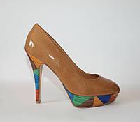 Женские лаковые туфли Alesya 35