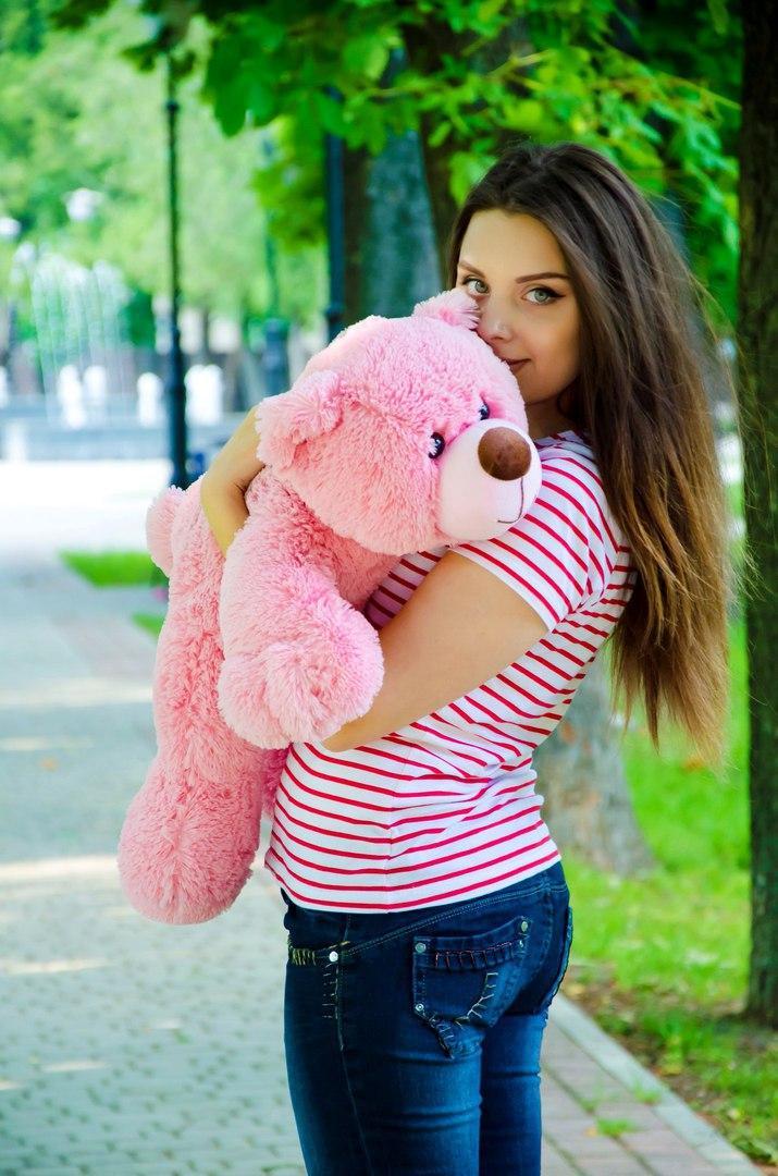 Плюшевый мишка лежачий 85 см ручная работа розовый