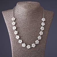Ожерелье Незабудки резной перламутр серая бусинка, длина 54см