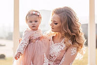 Нарядные кружевные платья в пол Мама и дочка Familylook