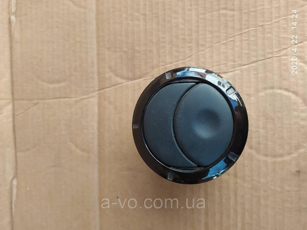 Дефлектор воздушный Renault Logan Master 8200212480  8200817791 8200464605
