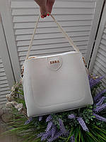 Маленька біла жіноча сумка невелика класична сумочка через плече кожзам, фото 1