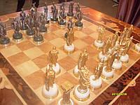 """Коллекционный набор шахмат """"Римляне и Варвары""""."""
