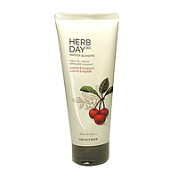 Пенка для умывания с голубикой и ацеролой THE FACE SHOP Herb Day 365 Cleansing Foam Acerola & Blueberry, 170 м