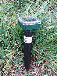 Газонный отпугиватель кротов, грызунов на солнечной батарее Lemanso LM3403 маленький квадратный