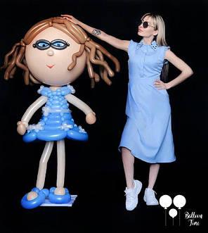 Девочка в голубом платьице из воздушных шаров, фото 2
