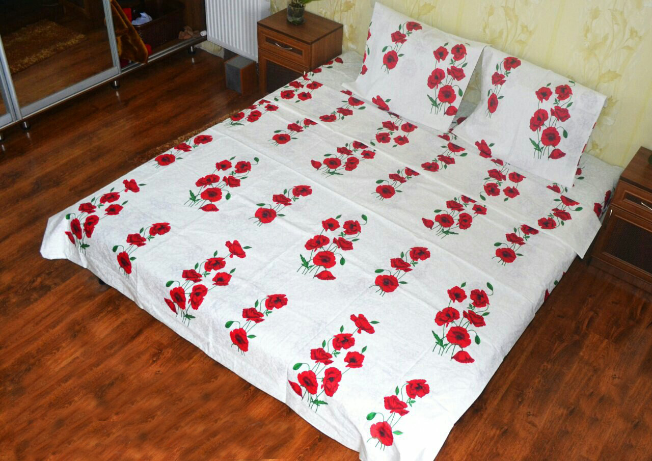Полуторное постельное белье с цветочным принтом из качественное ткани бязь голд.