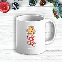 Белая кружка (чашка) с новогодним принтом Котенок в носке