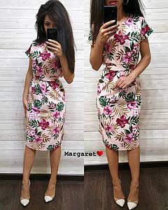 Платье летнее приталенное средней длины короткий рукав