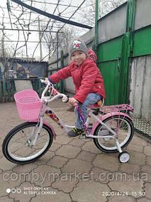 Фото від пані Ірини з міста Білозерське, яка замовила велосипед для своєї донечки в інтернет-магазині Комбі-Маркет.