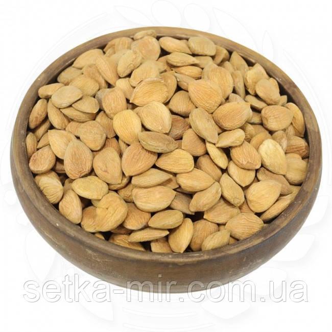 Абрикосові кісточки 20 кг. без ГМО