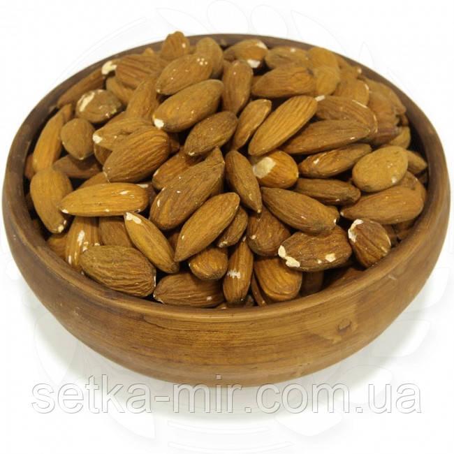 Миндаль сырой натуральный 20 кг. без ГМО