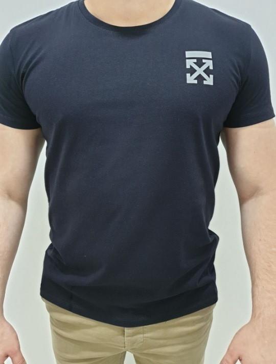 Однотонная футболка з накаткою