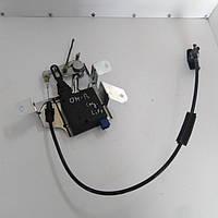 Привод, моторчик замка багажника Opel Omega B, Опель Омега Б седан. 90494802.