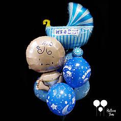 Связочка шаров с малышом и коляской для выписки из роддома