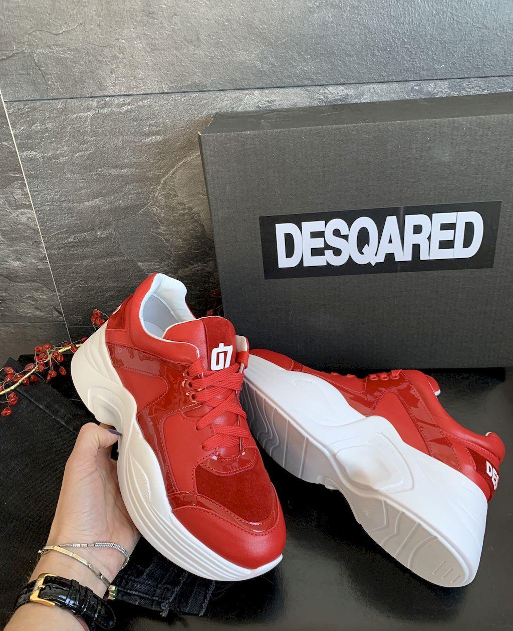 Женские кроссовки Desqared