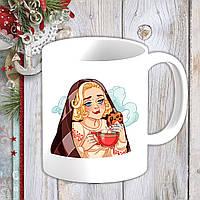 Белая кружка (чашка) с новогодним принтом Мэрилин Монро с чаем и печеньем