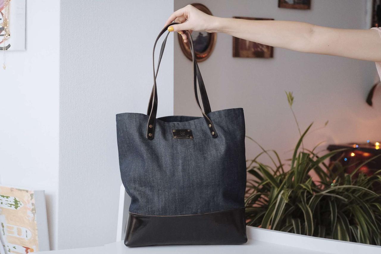 Сумка женская комбинированная черная кожа и синий деним «Shopper bag»
