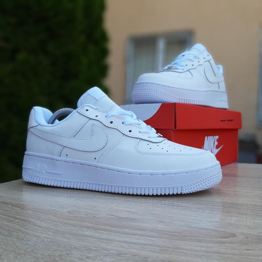 Мужские кроссовки Nike Air Force (белые) 10097