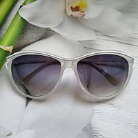 Женские солнцезащитные очки  кошачий глаз белые