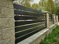 Деревянный горизонтальный забор для дачи LNK