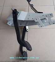 Газель блок педалей тормаза і зчеплення (вир-во ГАЗ)