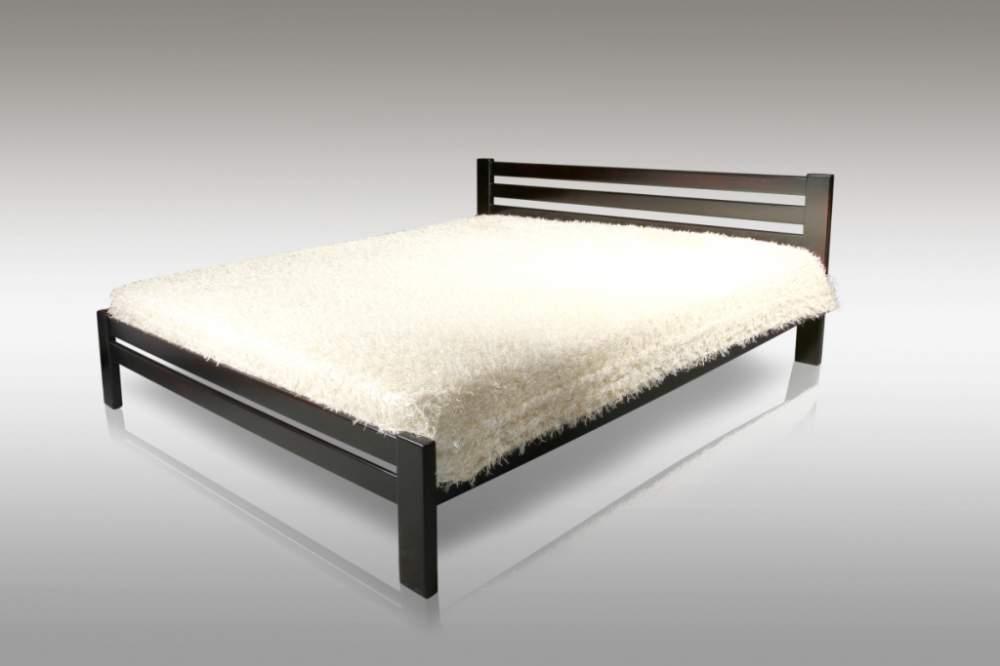 """Деревянная кровать """"Классик"""" из натурального дерева"""