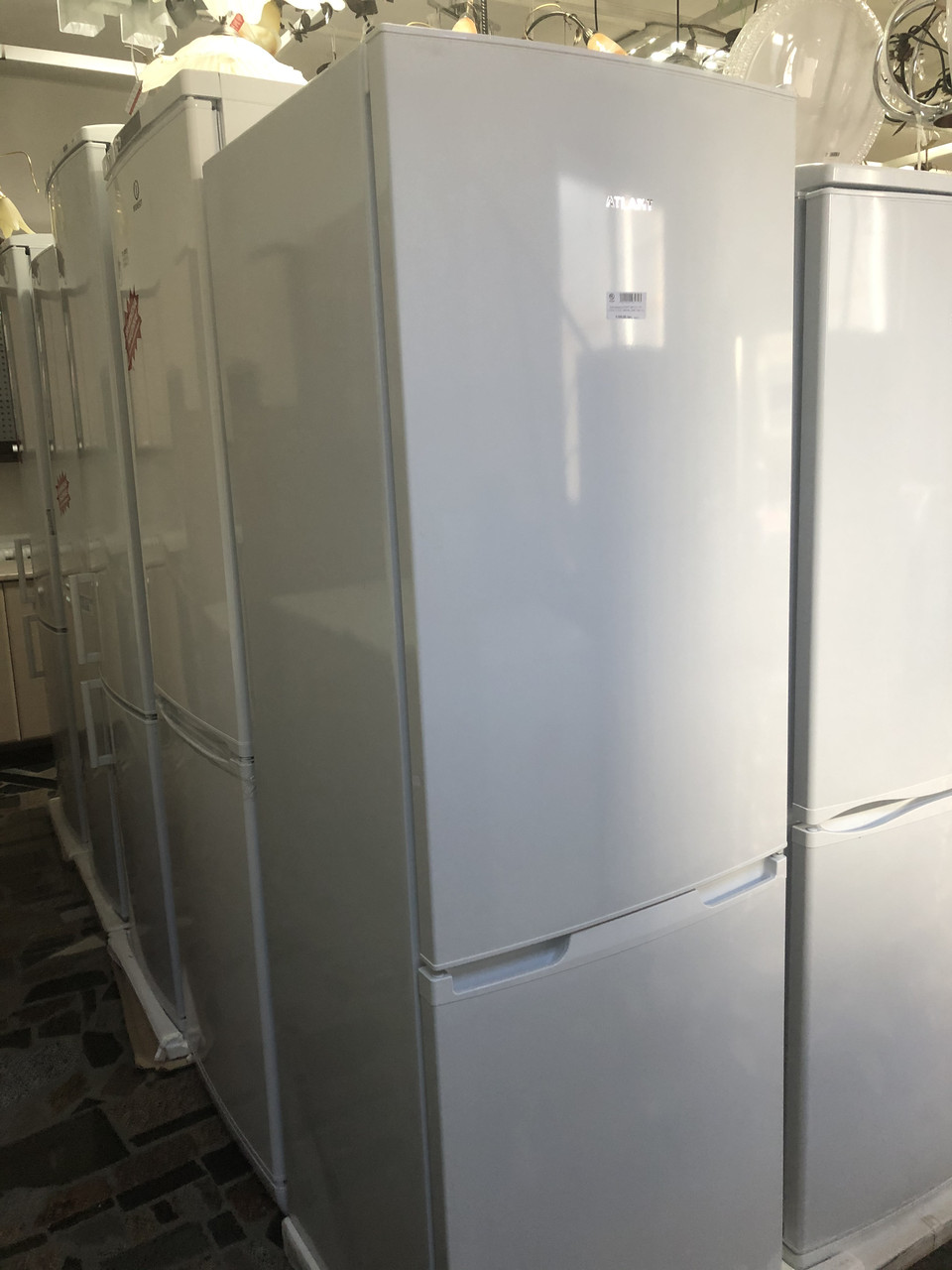 Холодильник АТЛАНТ ХМ 4721-101 (1,82м, 211/115, мор.низ, 3плк, 1кмп, А+)