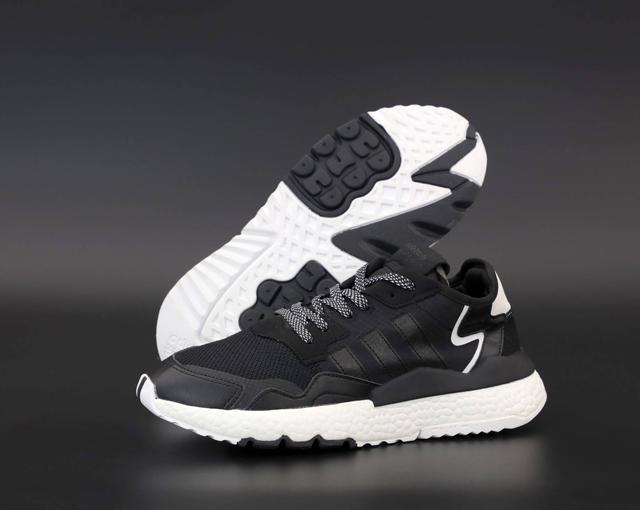 Мужские кроссовки Adidas Nite Jogger в черном цвете фото