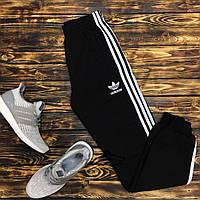 Мужские спортивные штаны с лампасами черные на манжете