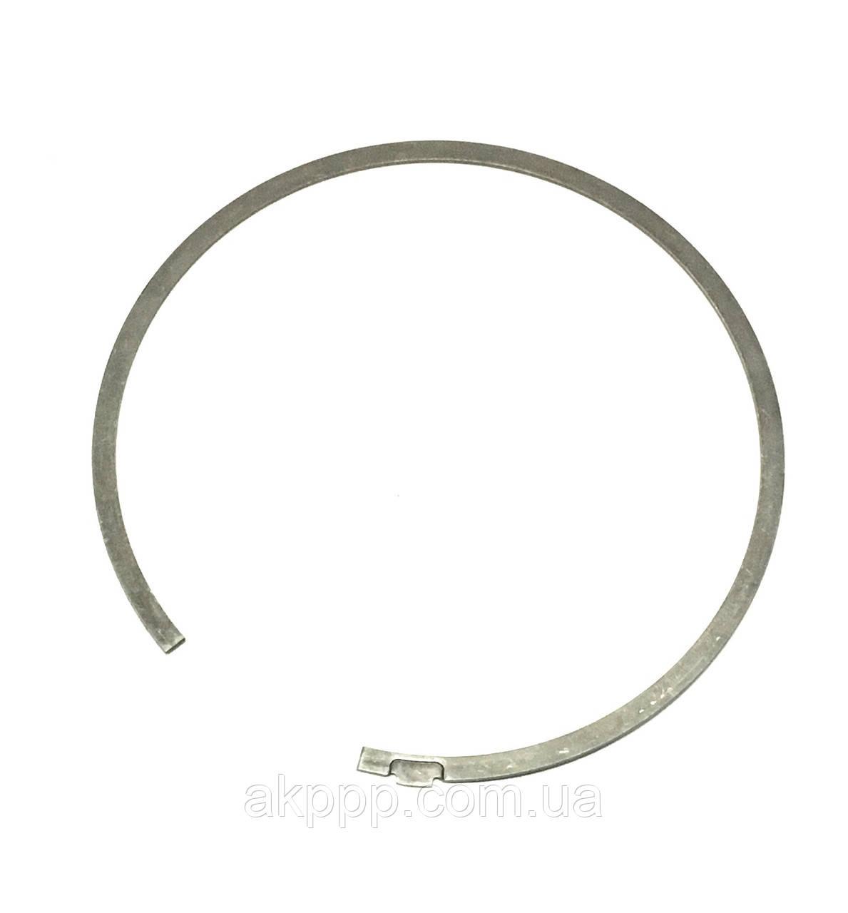 Стопорное кольцо B1 U760E б/у