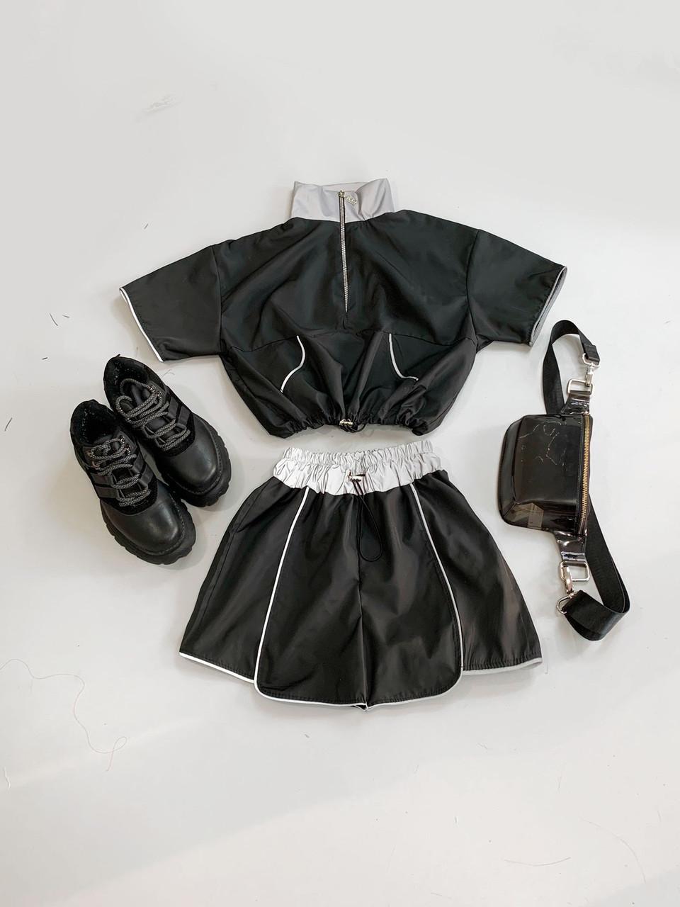 Жіночий літній костюм з шортами і топом з світловідображення vN7719