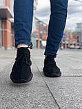 Стильные кроссовки Adidas Yeezy Boost 350 V2 Black (Адидас Изи Буст 350), фото 5