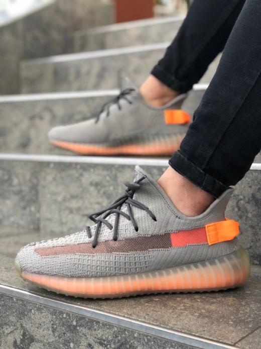 "Стильні кросівки Adidas Yeezy Boost 350 V2 ""Clay"" (Адідас Ізі Буст 350)"