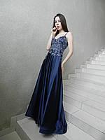 Вечернее длинное платье-сарафан синее, атласное, с расшитым корсетом, нарядное, на свадьбу, на выпускной
