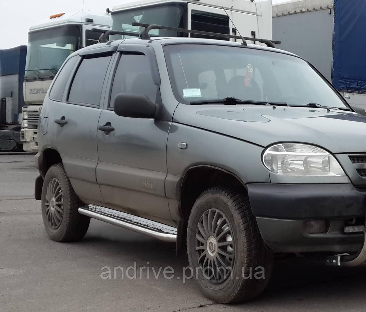 Бічні Пороги (підніжки-майданчик) Chevrolet Niva 2002-2009 (Ø42)