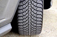 Проверяйте давление в шинах и износ протектора