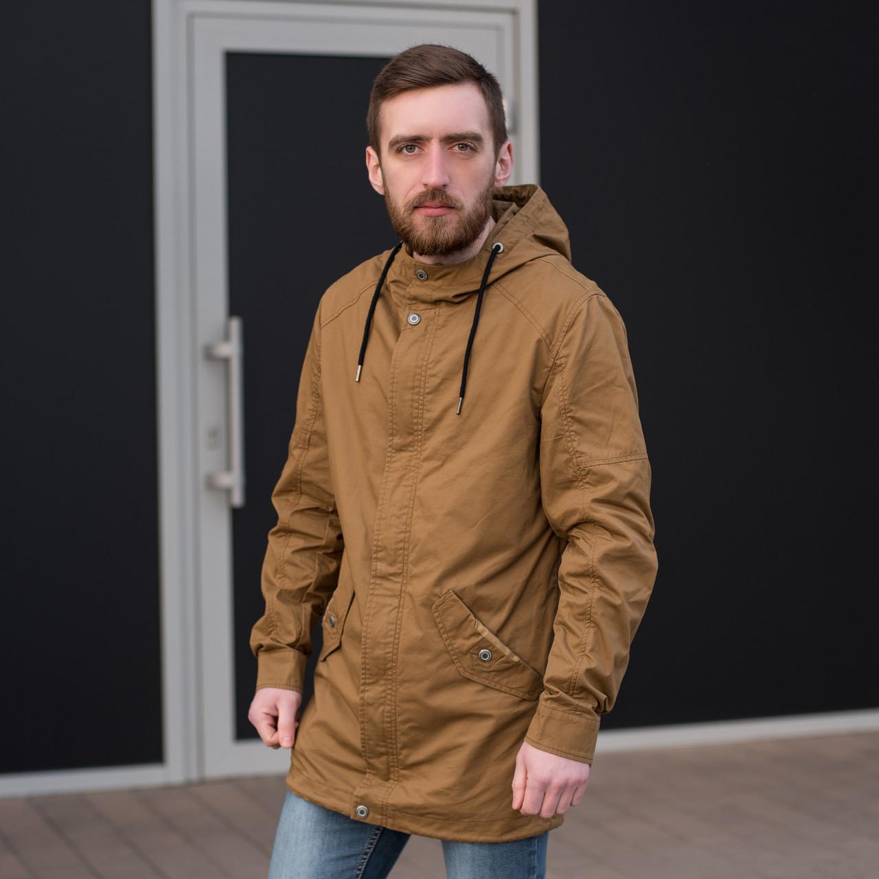 Чоловіча куртка (вітрівка), коричневого кольору.