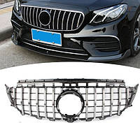 Решетка радиатора тюнинг Mercedes E W213 стиль AMG GT R (хром полоски)